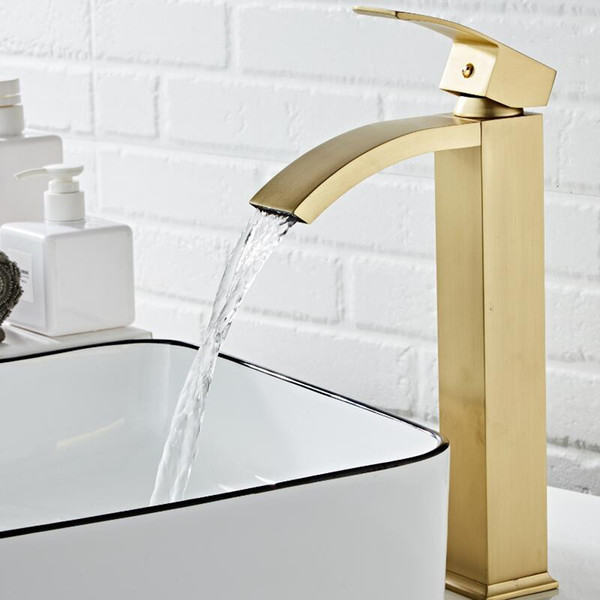 2021 New Basin Brass Brushed Gold Bathroom Single Handle Torneiras Para Pia De Banheiro Sink Wash Waterfall Faucet Ie24