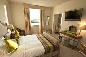 One Night Break with Dinner and Treatment at The Malvern