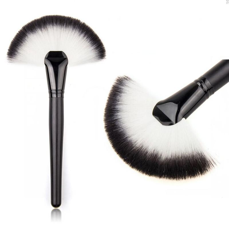 Wholesale-1 PC Pro Women Lady Large Fan Shape Soft Blush Face Powder Foundation Cosmetic Brushes Makeup Beauty Tools
