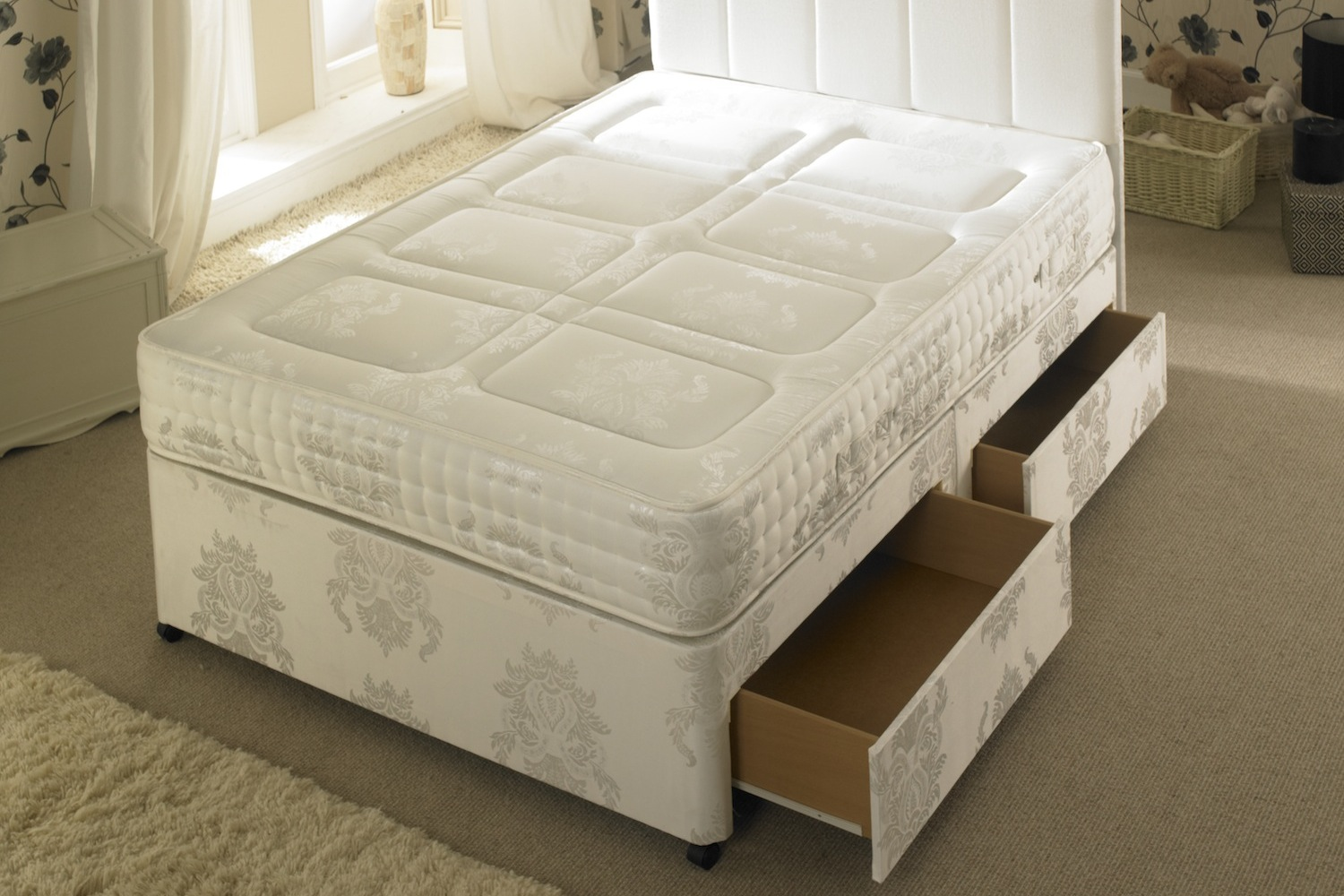 Joseph VIP Pocket Spring Series 2000 Quilted Divan Bed-Super King Size-2+2 Drawers