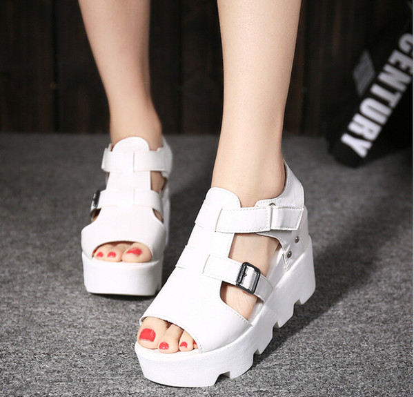 2019 Korean version of the spring and summer thick-bottomed fish mouth shoes female inside increased wedge sandals waterproof platform muffi