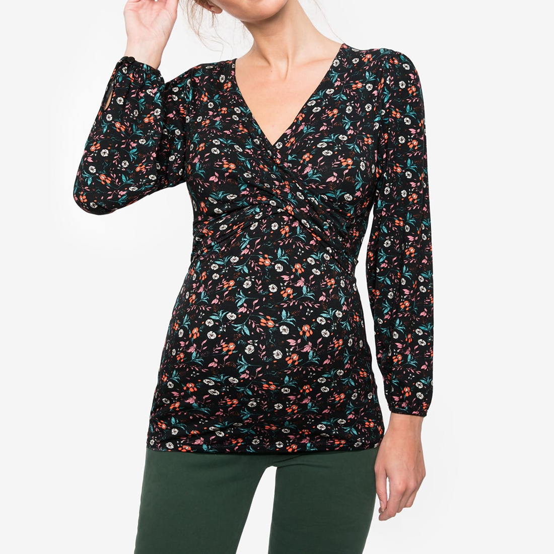 Trendy Printed Long-sleeve Nursing Tee